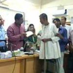 সদরের যশপুরে অগ্নিকান্ডে ক্ষতিগ্রস্থ ৬ পরিবারকে সহায়তা করেছেন কুমিল্লা জেলা প্রশাসক
