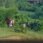 মায়ানমারে নির্যাতিত রোহিঙ্গাদের ভিডিও চিত্র