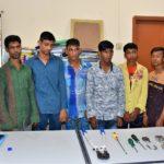 কুমিল্লায় ডিবির অভিযানে 'তালা কাটা' চোর চক্রের ৬ সদস্য গ্রেফতার