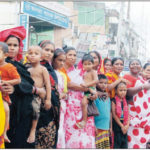 জমি বরাদ্দ ও পুনর্বাসনের দাবিতে, দেবিদ্বারে বেদে সম্প্রদায়ের বিক্ষোভ ও মানববন্ধন অনুষ্ঠিত