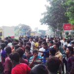 চান্দিনায় ট্রাক চাপায় স্কুল ছাত্রী নিহত || মহাসড়ক অবরোধ ও ১১টি গাড়ি ভাংচুর