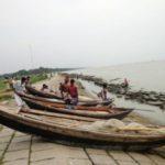 ২ মাস নিষেধাজ্ঞার পর বুধবার থেকে মাছ ধরতে নদীতে নামবে জেলেরা