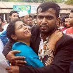কুমিল্লা বিশ্ববিদ্যালয়ে কেন্দ্রে ঢুকতে না পেরে কান্নায় ভেঙে পড়লেন ভর্তিচ্ছু শিক্ষার্থী
