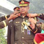 সেনাবাহিনীর প্রথম কর্নেল কমান্ড্যান্ট হলেন মেজর জেনারেল আকবর হোসেন